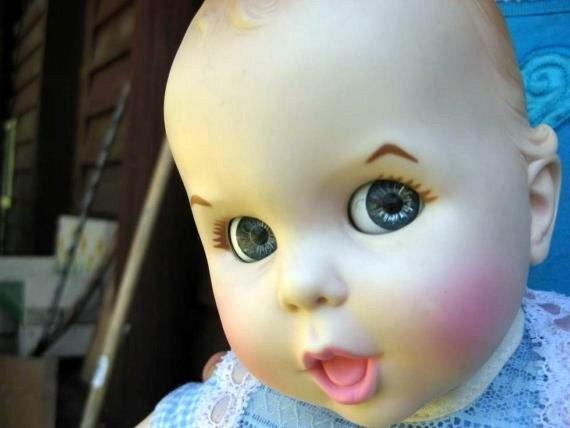 VINTAGE 1979 Gerber Baby Doll with Flirty Eyes