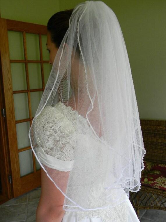 Bridal Veil Elbow Length Ribbon Edge w/Beading