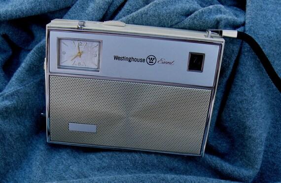 1962 Westinghouse Escort Transistor Radio Lighter Clock