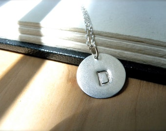 Initial D necklace hand stamped silver disc necklace - Personalized jewelry sterling silver necklace for her birthday gifts - Simple style