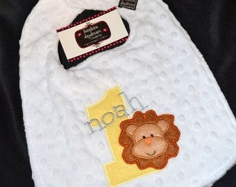 Sale!! Lion, baby lion, 1st First Birthday, Birthday Bib with name Noah, Ready to ship! All sales final.  AS IS.