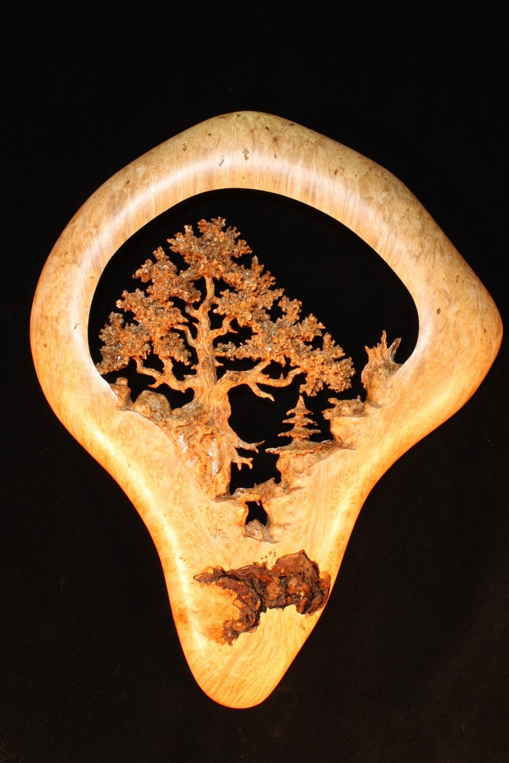 Oak tree carving scene in maple burl