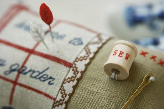 Sewing Garden Scandinavia Homestyle Pincushion