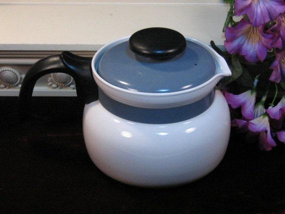 Vintage Corning Ware Blue White Centura 8 Cup Pyroceram Cookware Teapot