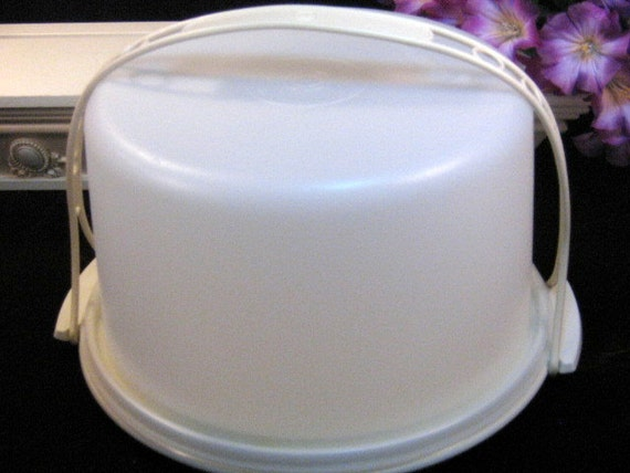 Vintage Tupperware Cake Carrier Saver Taker With Handle Go