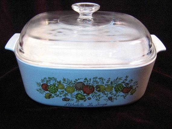 Vintage Corning Ware 22