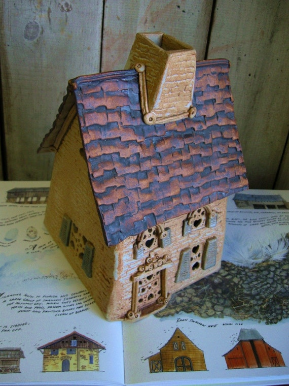 Windy Meadows Pottery / Candlehouse / Vintage / Stoneware