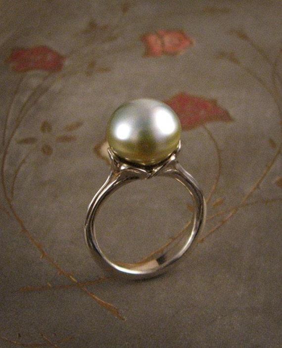 Luscious Tahitian Pearl Ring Mounting (14K gold) - Made to Order