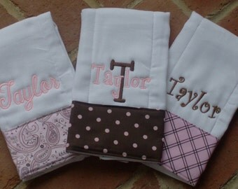Burp cloth set//Personalized burp cloth set//Monogramed burp cloth set//baby girl burp coth//baby shower gift