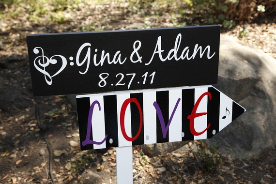 Personalized Signs. Unique, Made to Order Wedding Directional Signs with Arrow.  Custom sign with Music Notes & Piano.
