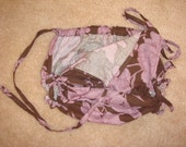 Very Cute tie on sides Peony bloomers. Photo Prop, Holiday
