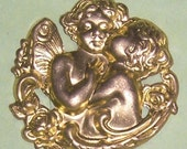 Brass - Medium (30mm) Metal  Kissing  Angels- First Kiss, (4 pcs.)