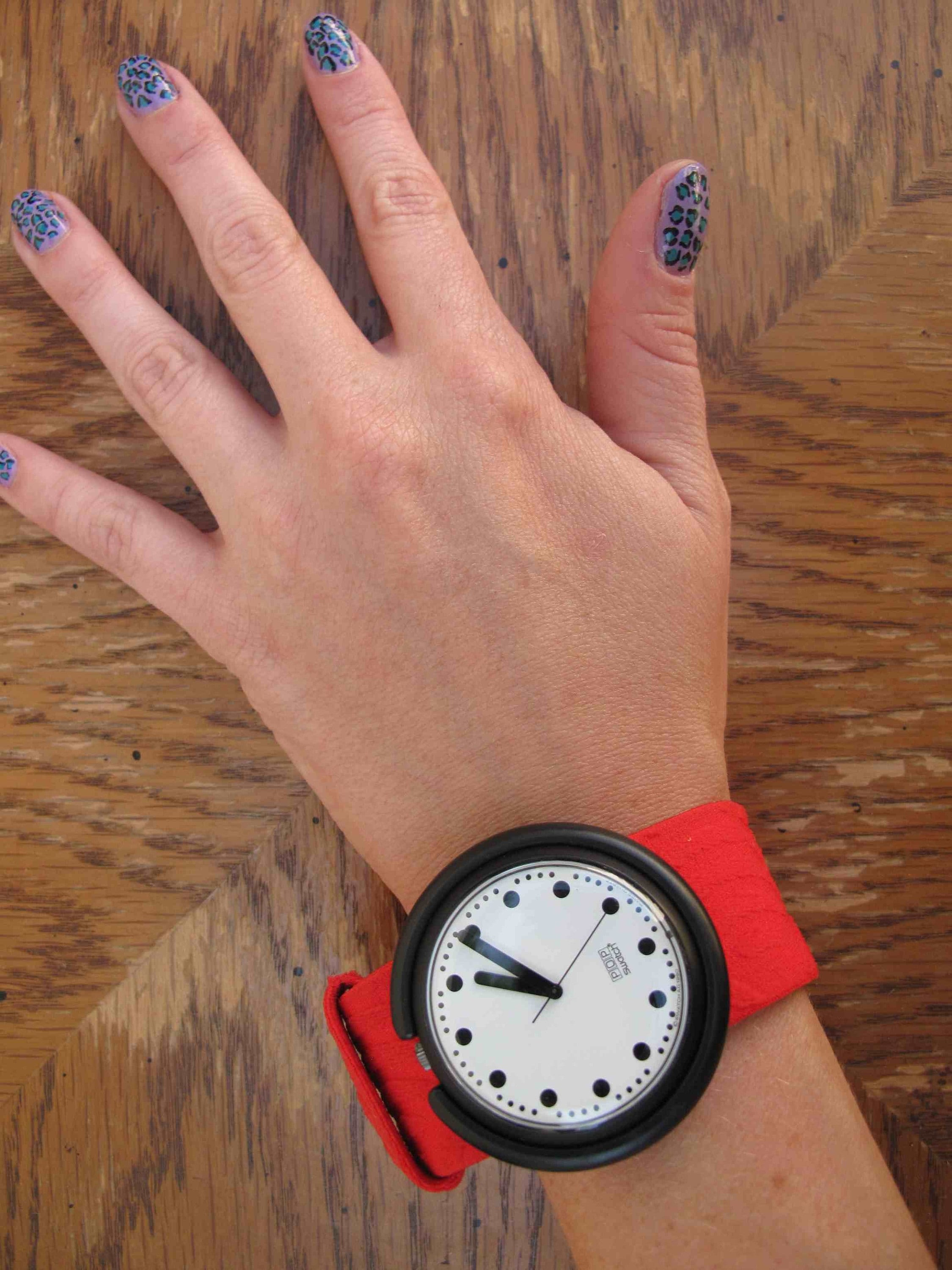 Rare Collectable Red Pop Swatch Elastic Band Watch