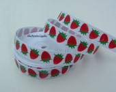 LAST ONE 5 Yards 3/8 Inch White Strawberries Grosgrain Ribbon Scrapbooking Hair Bows Korkers Headbands