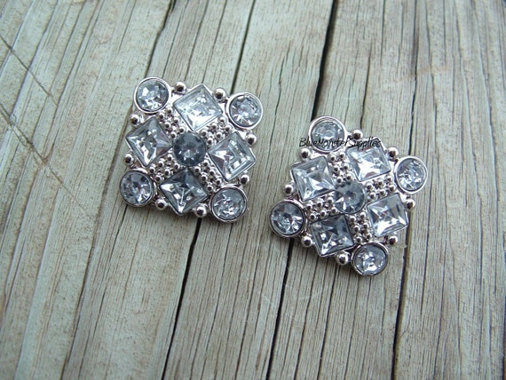 Set of 2 Clear Square Rhinestone Flower Acrylic Buttons