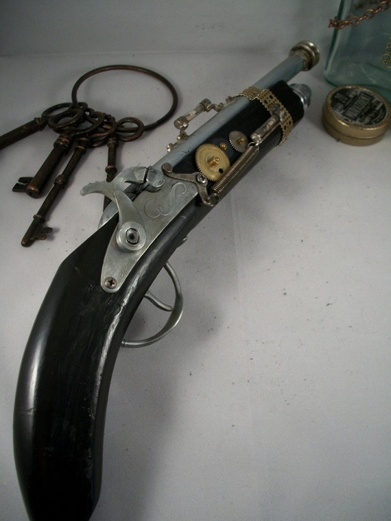 Dr. Cid's Extronus Pistol - Steampunk Gun Altered Art Prop