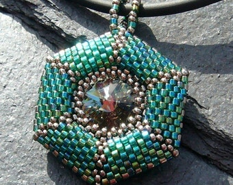 Tortuga (beaded pendant) / PDF file