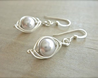 Lavender Pearl Herringbone Earrings