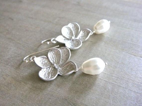Silver Plumeria Earrings - Bride, Bridal party, Bridesmaid
