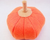 Pumpkin Felt Play Food - Small - Eco Friendly Felt Stuffed with Sustainable Bamboo Fiber