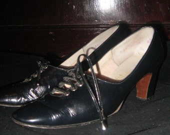 VTG 40s Navy Patent Leather WICKED SECRETARY Oxford Pumps Sz 7 38.5