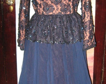 Vtg 60s Navy Blue Dark Nude Flesh Illusion Fabric Peacock Bead Sequins Lace Peplum High Waist Full Skirt Chiffon Formal Dress 28 Waist M