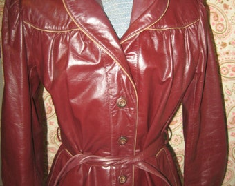Vtg 70s Burgundy Wilsons Fitted Leather with Tan/Taupe Piping Wrap Belt Shawl Collar Jacket Coat