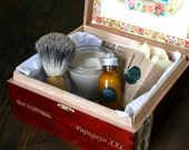 2 Deluxe Eco Friendly Shaving Kits for Groomsmen