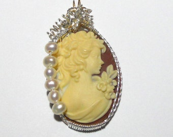 Cameo of Girl with Pearls