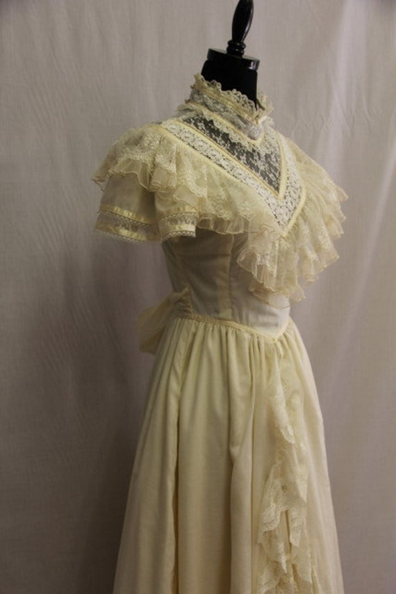 Fabulous vintage jessica mcclintock wedding dress for Jessica mcclintock wedding dresses outlet