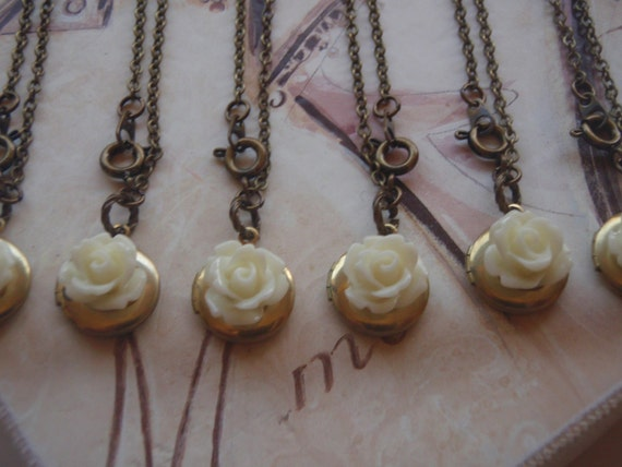 Bridesmaids Gift Set Locket with Cream Rose Bulk Listing with Discount Necklace Set of Six 6