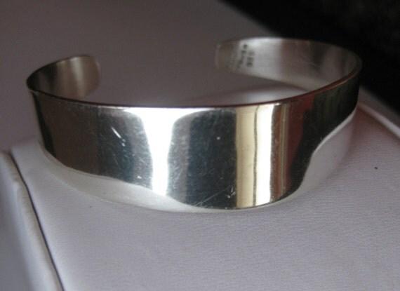Vintage Mecho en Mexico Sterling Silver Cuff Bracelet