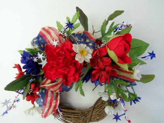 Floral Wreath, Americana Wreath, Patriotic Wreath, red, white and blue silk flowers