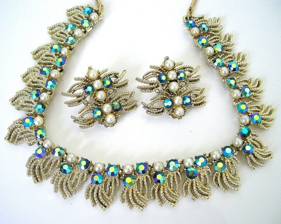 Vintage CORO Peacock Rhinestone Necklace