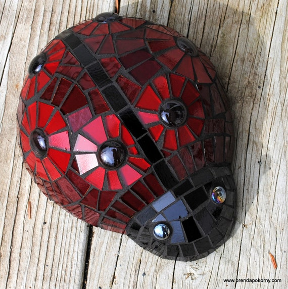 Brutus Bug Mosaic Ladybug Garden Accent Scarlet and Gray Ohio State Fan  MOA5089