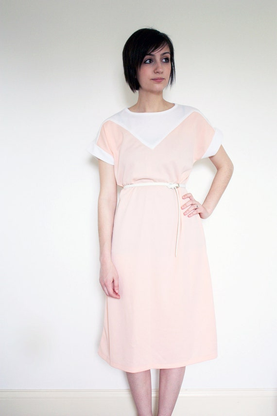 Women's Vintage Pastel Pink and White Dress