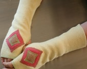 FingerFree Gloves - Butter Yellow and Pink - FREE SHIPPING