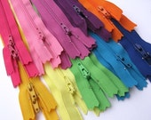 20 Assorted 7 Inch Zippers