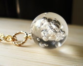 Bubble Necklace, Vintage Lucite Ball on Gold Chain, Pendant Necklace, Summer Jewelry, Geometric