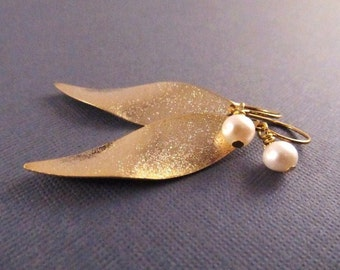 Leaf Earrings, Gold Leaves with Freshwater Pearls, Dangle Earrings, Fall Jewelry, Abstract Earrings, Nature Jewelry, Willow Tree