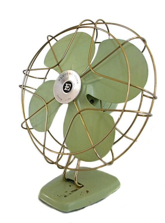 Pistachio Green Vintage Electrohome Fan
