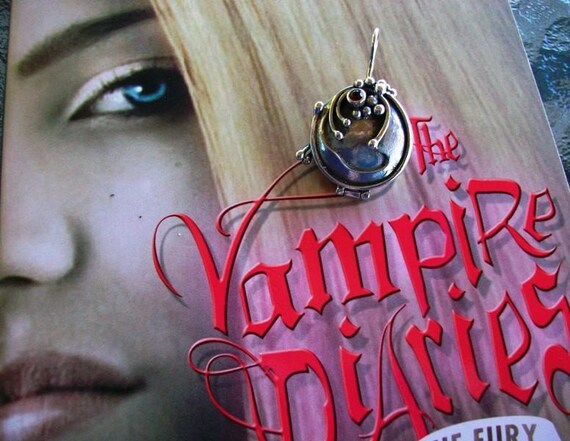 PRE ORDER ELENA'S VERVAIN LOCKET NECKLACE ON VAMPIRE DIARIES CW.TV