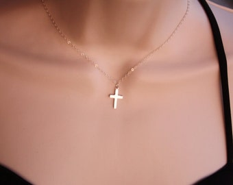 Cross Necklace in 14K gold Filled - dainty simple everyday wear, thank you birthday gift, birthday Christmas , mother's day gift ideas