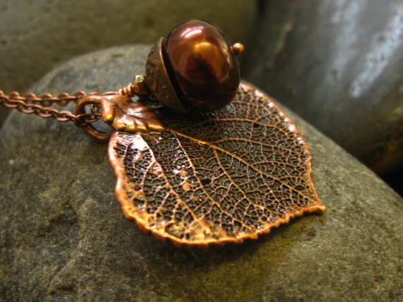 """FREE Shipping to the USA   Real Aspen leaf  Necklace -Antique Copper -Copper Colored Glass Pearl - 16.5"""" Antique Copper Chain Gift"""