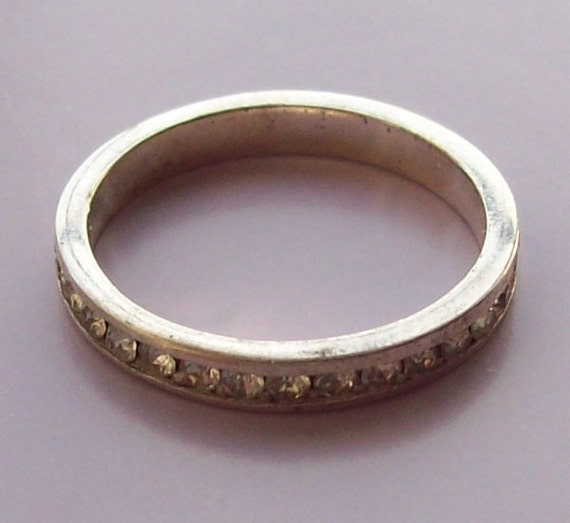 Sterling Silver Band Rhinestone Ring Size 9.25