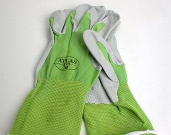 Brenda Recommended Nitrile Gloves - Medium/Large (SUPL-05)