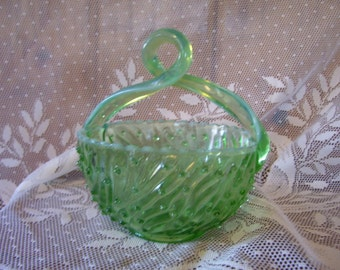 Jefferson Glass Basket Lime Green Opalescent Rare