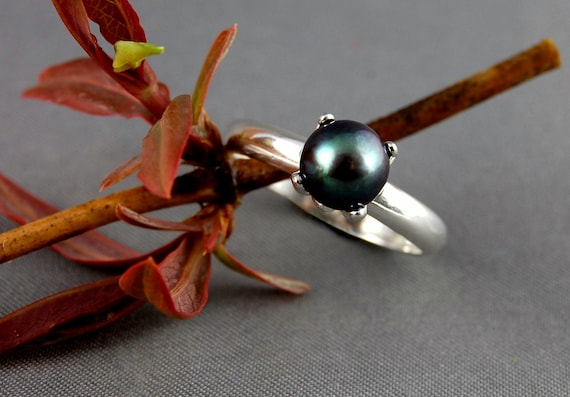 Brenna- MADE TO ORDER - the round pearl ring size 7 or 8 set in solid Argentium Silver- not plated