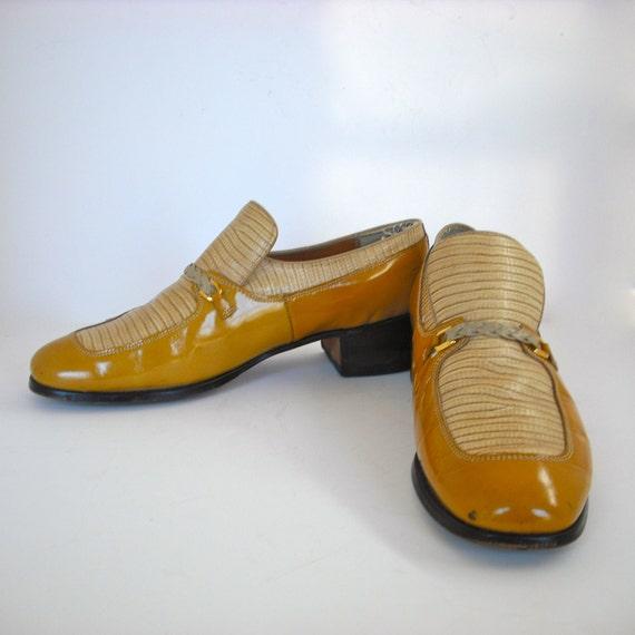 Vintage Dexter Mustard and Cream Patent Leather and Alligator Platform Spectators - Size 11