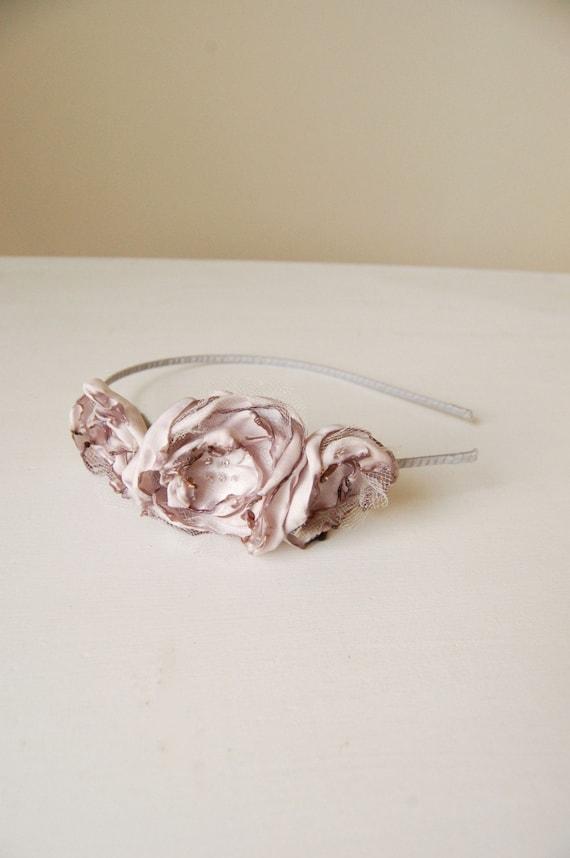 Blossom Headband in Grey